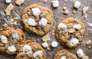 Chocolate Chip and Marshmallow S'mores Cookies